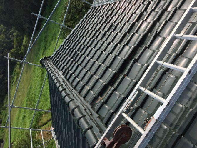 雨漏りの為葺き替え工事