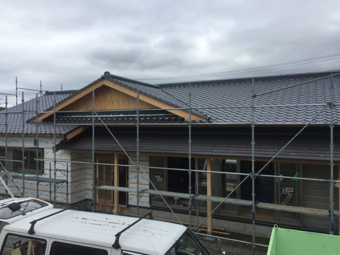 日本瓦、新築工事